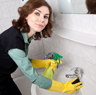 Bathrooms Cleaning Service